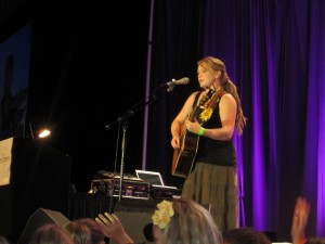 Crystal Bowersox singing